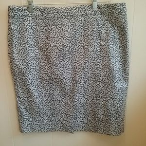 J CREW THE PENCIL SKIRT. SIZE 14